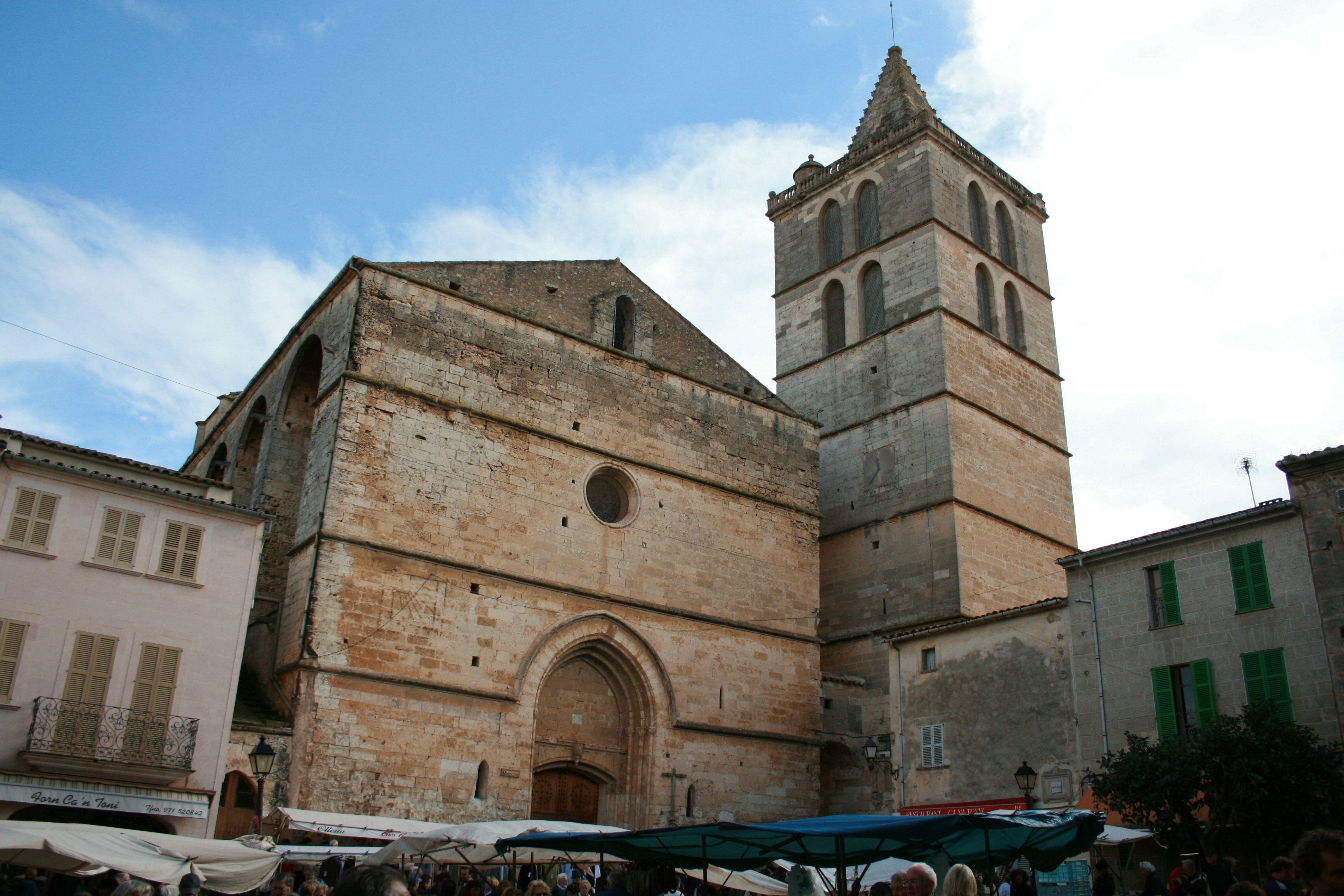 Mallorca Iglesia De La Virgen De Los ángeles En Sineu Virgen De Los Angeles Mallorca Edificios