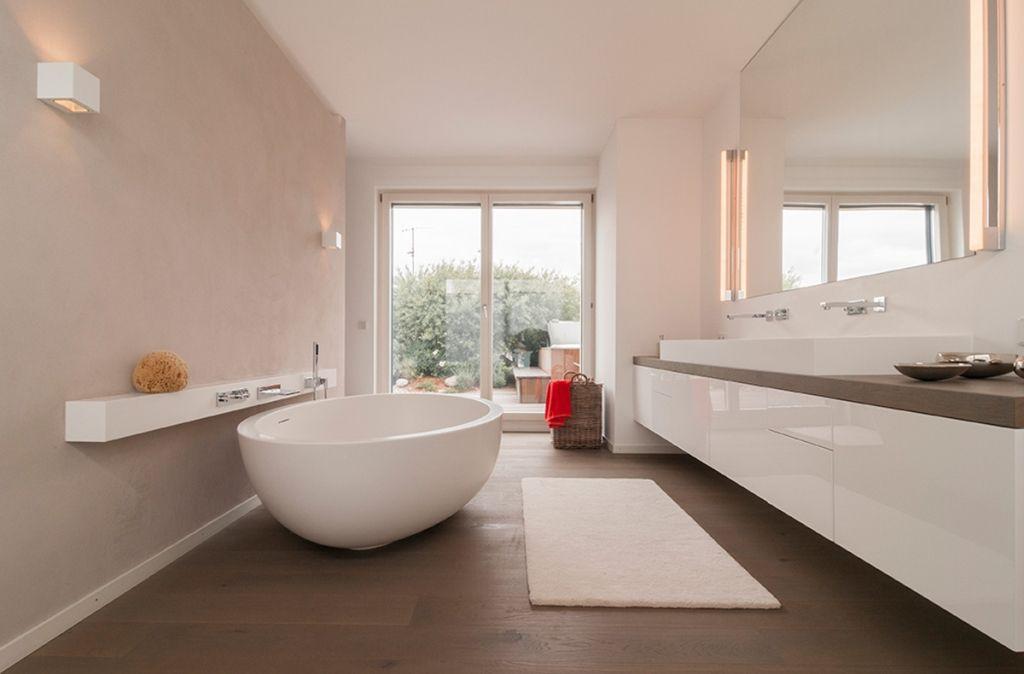 schickes badezimmer mit freistehender badewanne fliesen pinterest freistehende badewanne. Black Bedroom Furniture Sets. Home Design Ideas