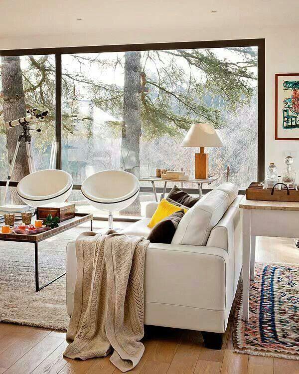Beautiful bright living room via Freshome
