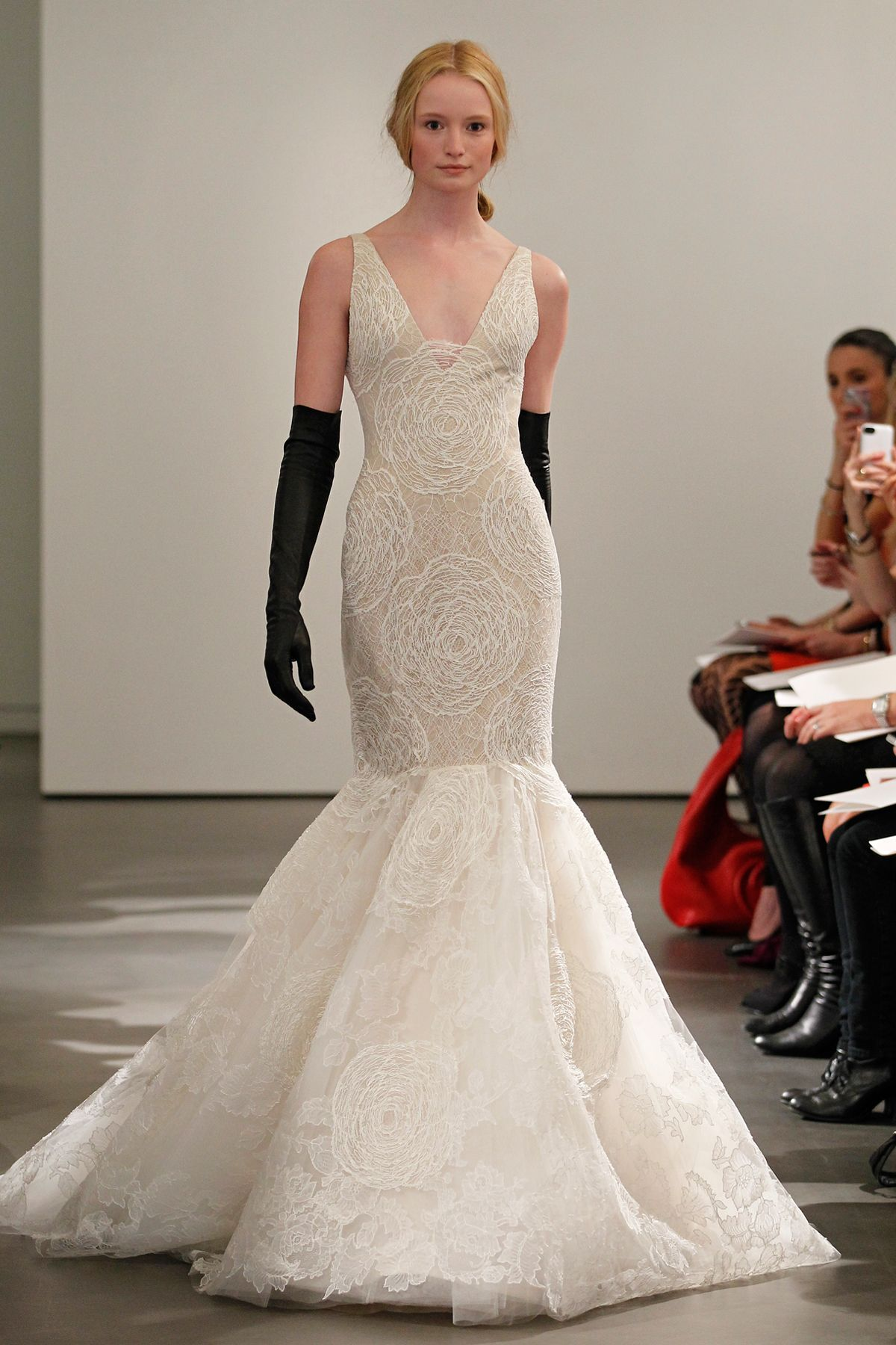 Ask the Expert: Della Giovanna on Wedding Gown Necklines | Pinterest ...