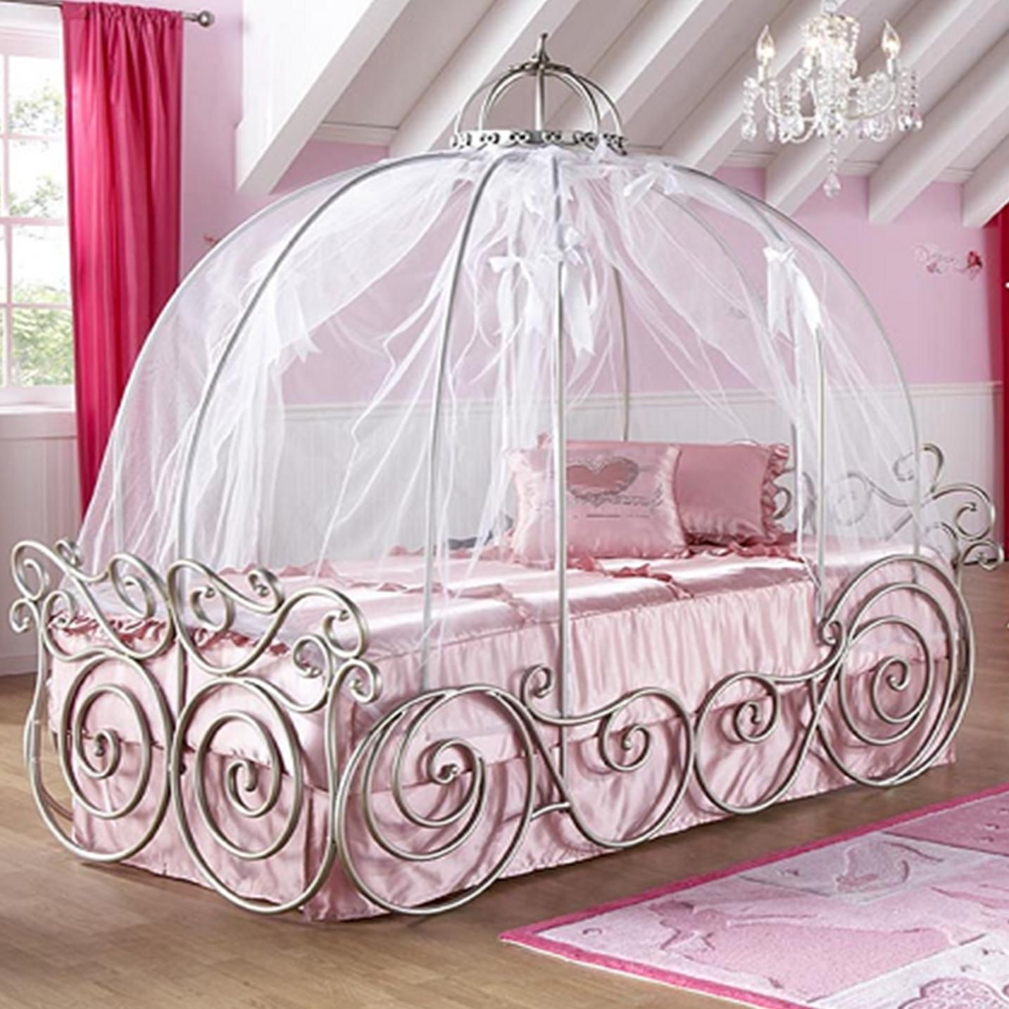 Amazing Design Of Princess Canopy Bed With White Silk