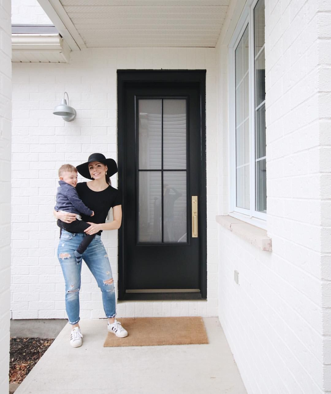 Guys We Re Absolutely In Love With Our New Front Door We Re So Happy We Ended Up Going With The Schoolhouse Brass Hardware A Happy We Guys Instagram