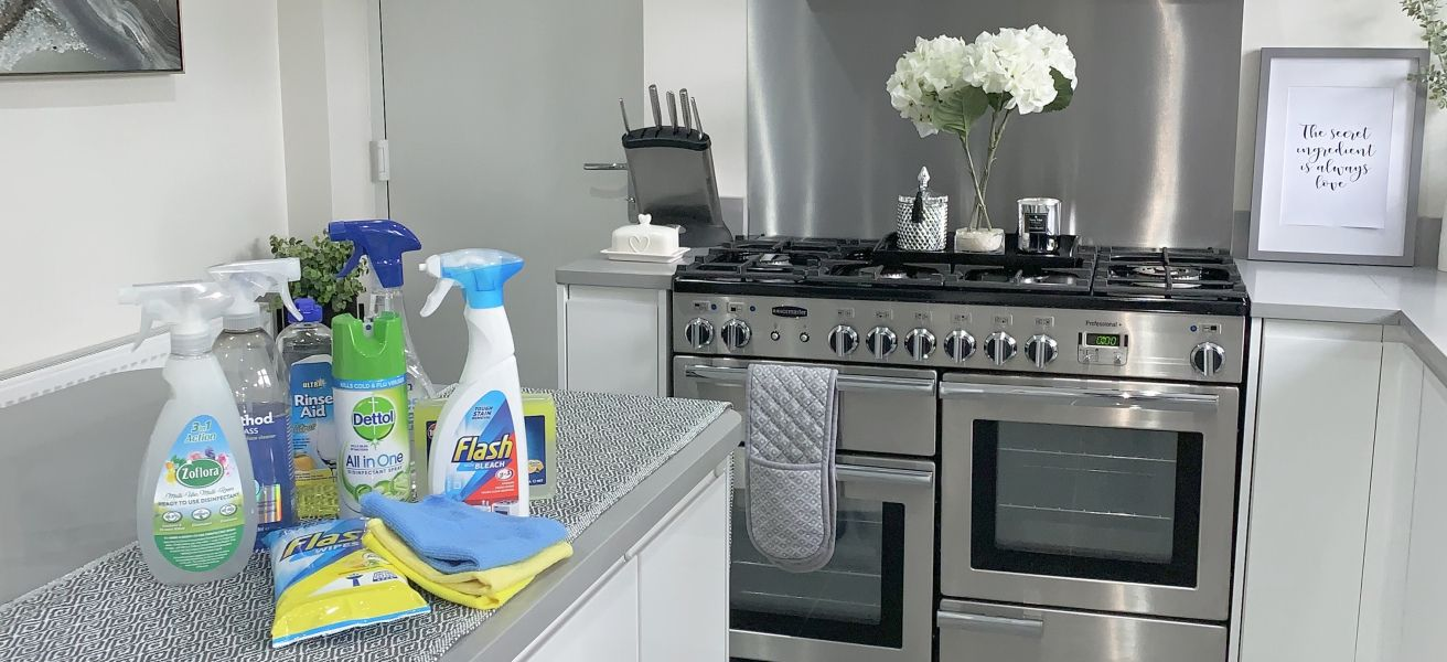 Cleaning my kitchen – HOUSETOHOME