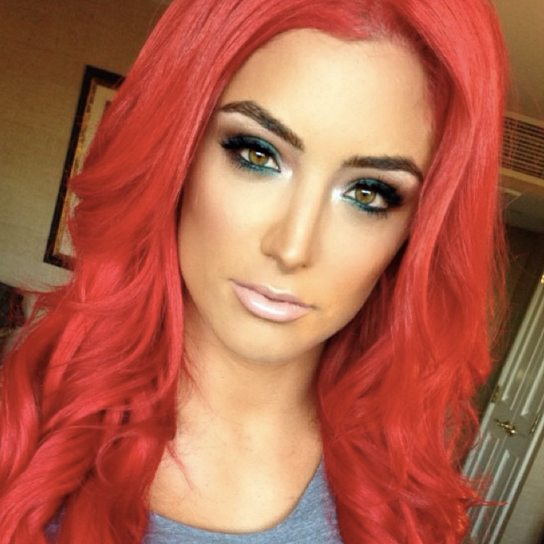 Eva Marie WWE Universe achieves this hypnotic look with