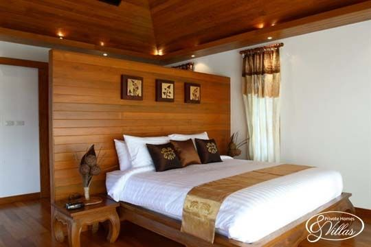 Master Bedroom W Traditional Thai Furniture At Baan Phulay In