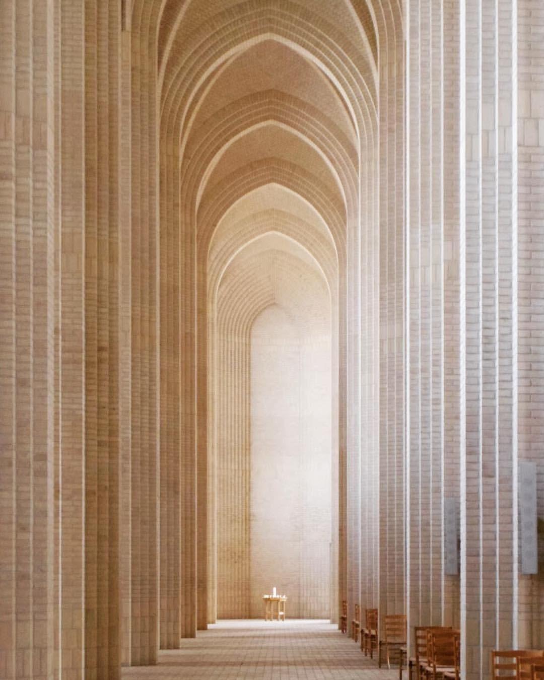 1 Grundtvigs Kirke おすすめの建築は とデンマーク人に聞くと