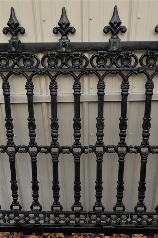 Cast Iron Victorian Style Estate Fencing With Images Cast Iron