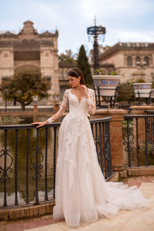 De Sevilla Con Amor Collection Cara In 2020 Wedding Dresses Dresses Wedding Dresses Lace
