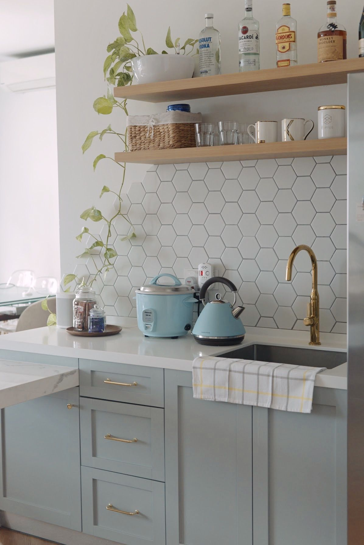 5 Classic Kitchen Backsplash Ideas To Try Right Now
