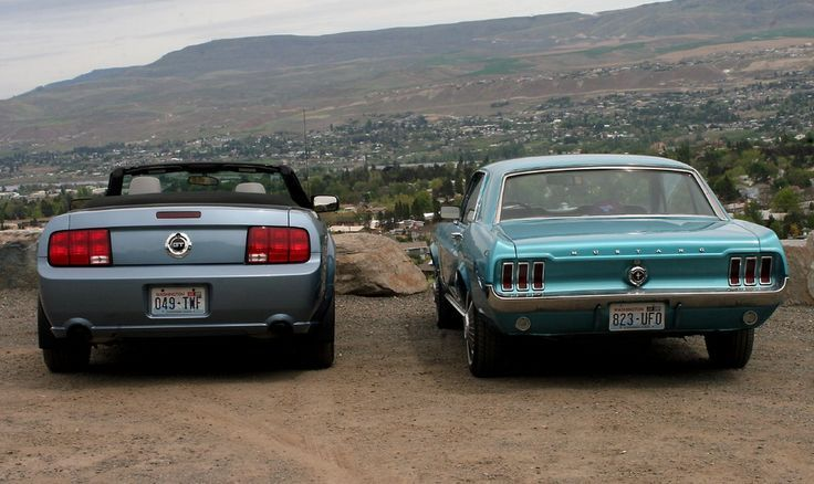 Mustang Cars : Illustration Description 1967 and 2005 ...