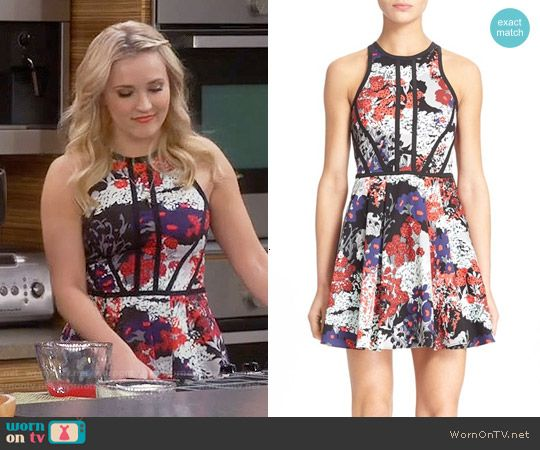 58a434ee92b9 Gabi s floral dress with black trim on Young and Hungry. Outfit Details   https