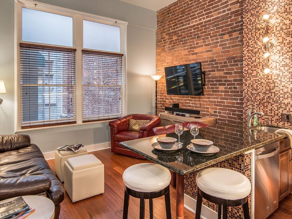 Musician s Loft  Heart of Downtown  Are you ready to experience Nashville  like a local. Condo vacation rental in Nashville from VRBO com   vacation