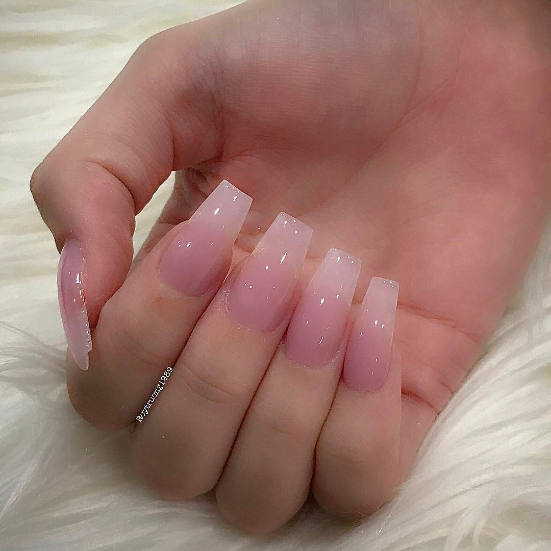13 5k Followers 802 Following 452 Posts See Instagram Photos And Videos From Roy Roytruong1989 Clear Acrylic Nails Clear Glitter Nails Pink Acrylic Nails