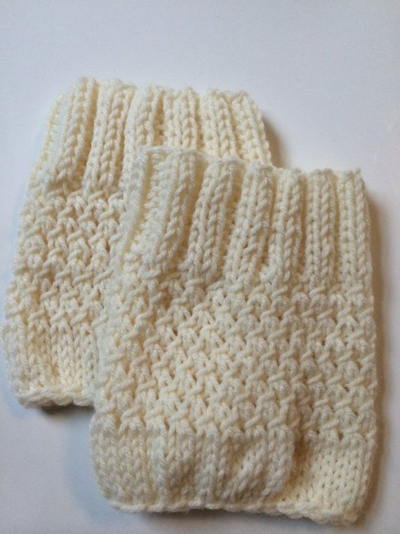 Ribbed Hand Knit Boot Cuff // Cream | boot cuffs | Pinterest | Wolle