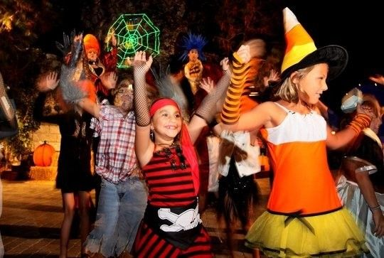 halloween costume dance party new york new york kids events - Halloween For Kids In Nyc