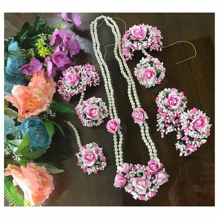Dailystylish Highfashion Bridal Haldi Mehndi Henna Flowerjewellery Bridetobe Orchid Rose Flower Jewelry Diy Wedding Flower Jewelry Floral Jewellery