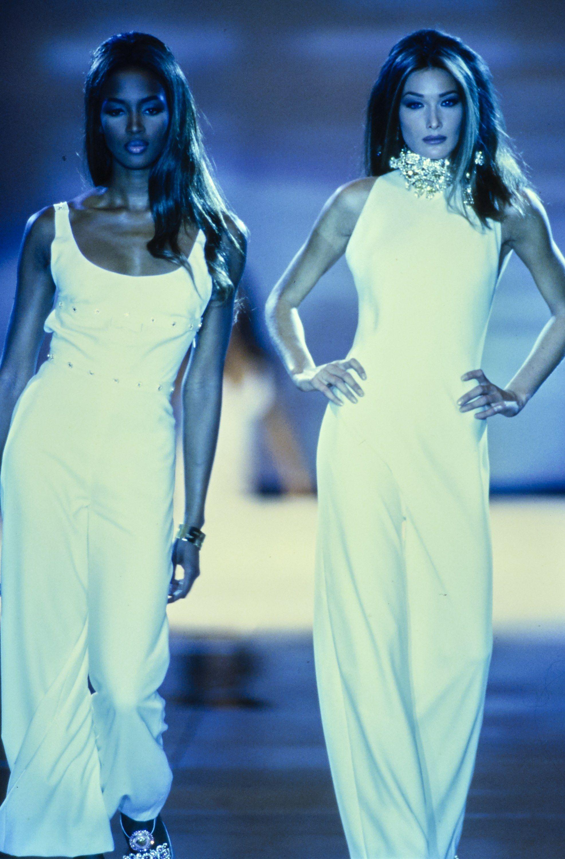 Versace spring readytowear fashion show