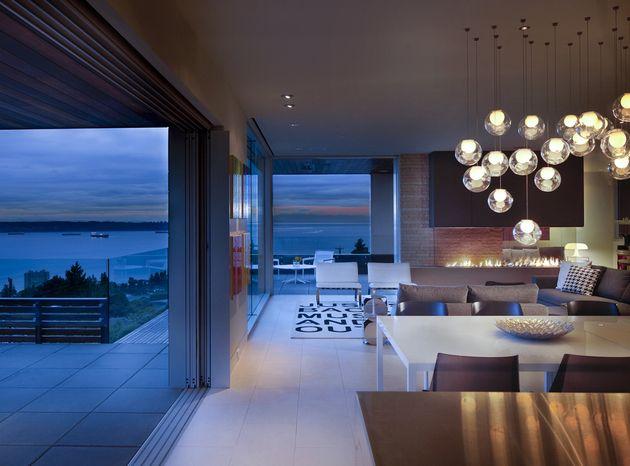 Wohnzimmer mit Blick auf das Meer und das Feuer | Pinterest | Das ...