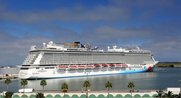 Norwegian Breakaway Makes First Call At Port Canaveral Orlando - Cruise ships port canaveral