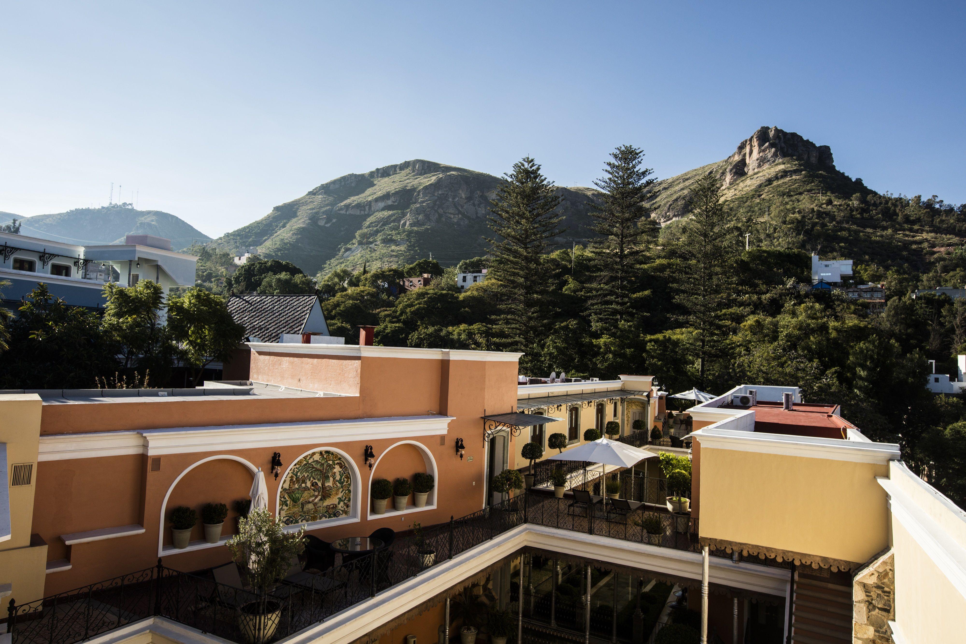 *New Hotel* Villa Maria Cristina Is An Elegant Boutique
