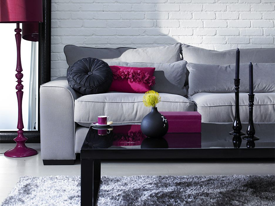 grey & berry living room