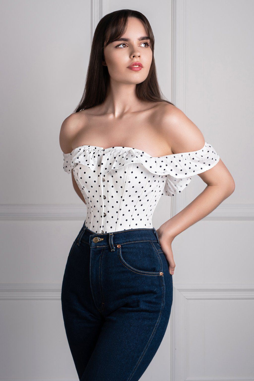 113a17e881f052 Polka Dot Straight Bustline Corset Top With Off The Shoulder Sleeves ...
