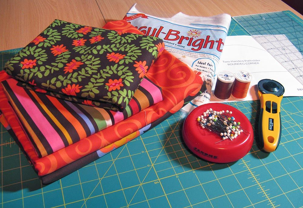 Two handed pot holder template and tutorial | Sewing | Pinterest ...