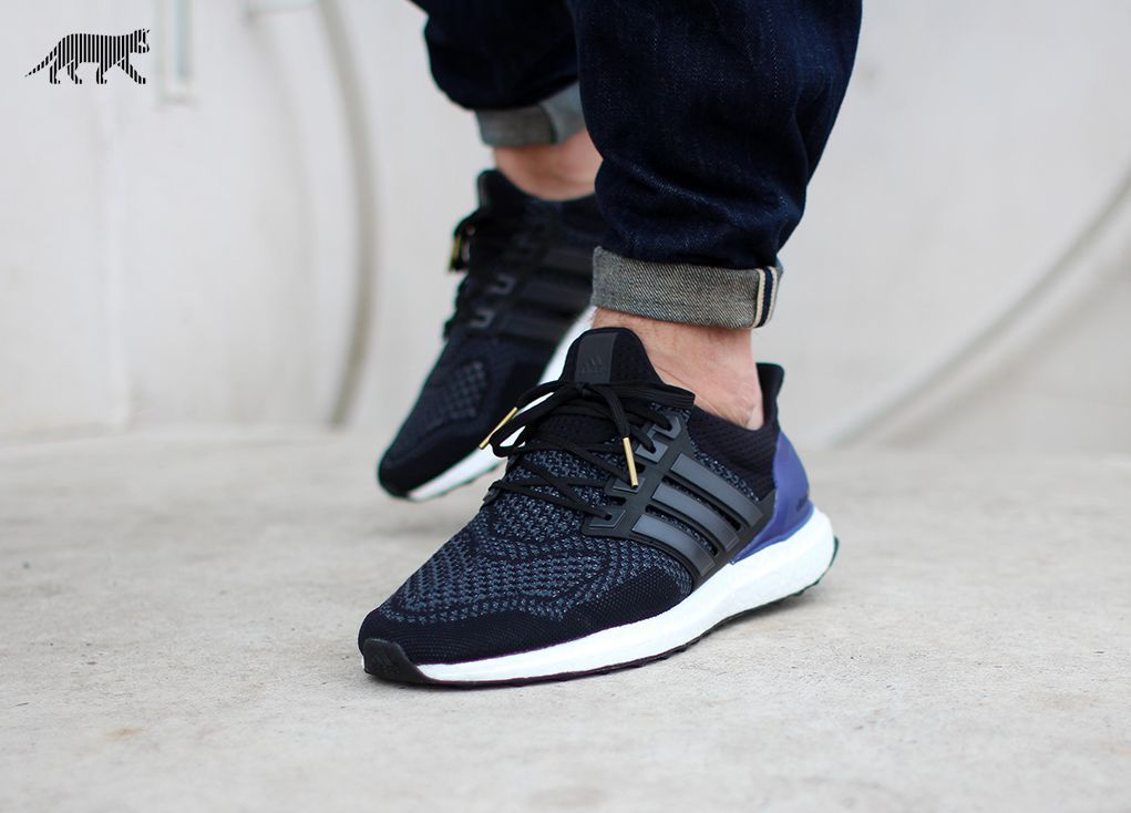 the latest 15bf3 38c16 adidas Ultra Boost (Core Black   Core Black   Gold Met)