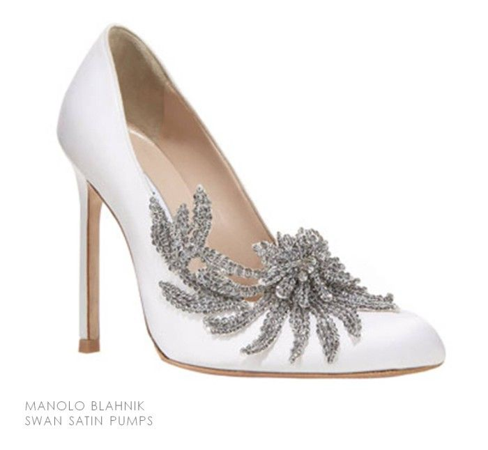 12 designer bridal shoes manolo blahnik bridal shoe and for Shoe designer manolo blahnik