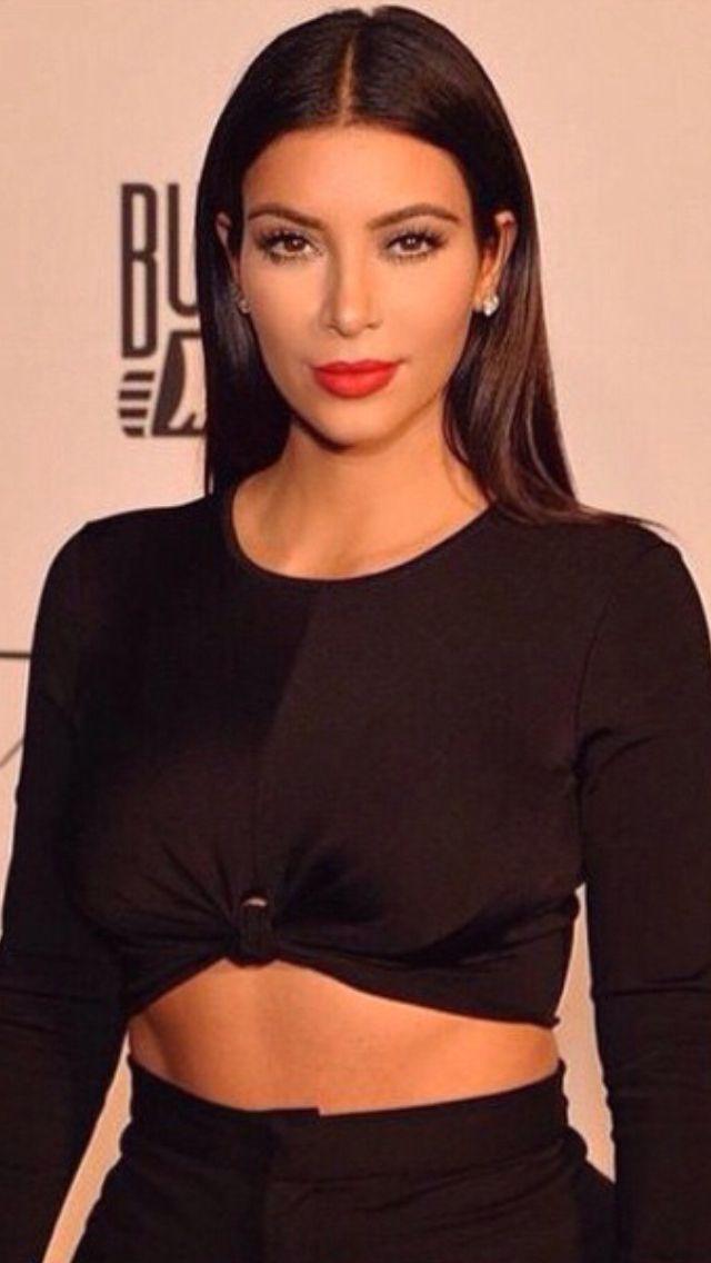 Kim Kardashian Straight Hair Tucked Behind Ears Www Btmponsel Com
