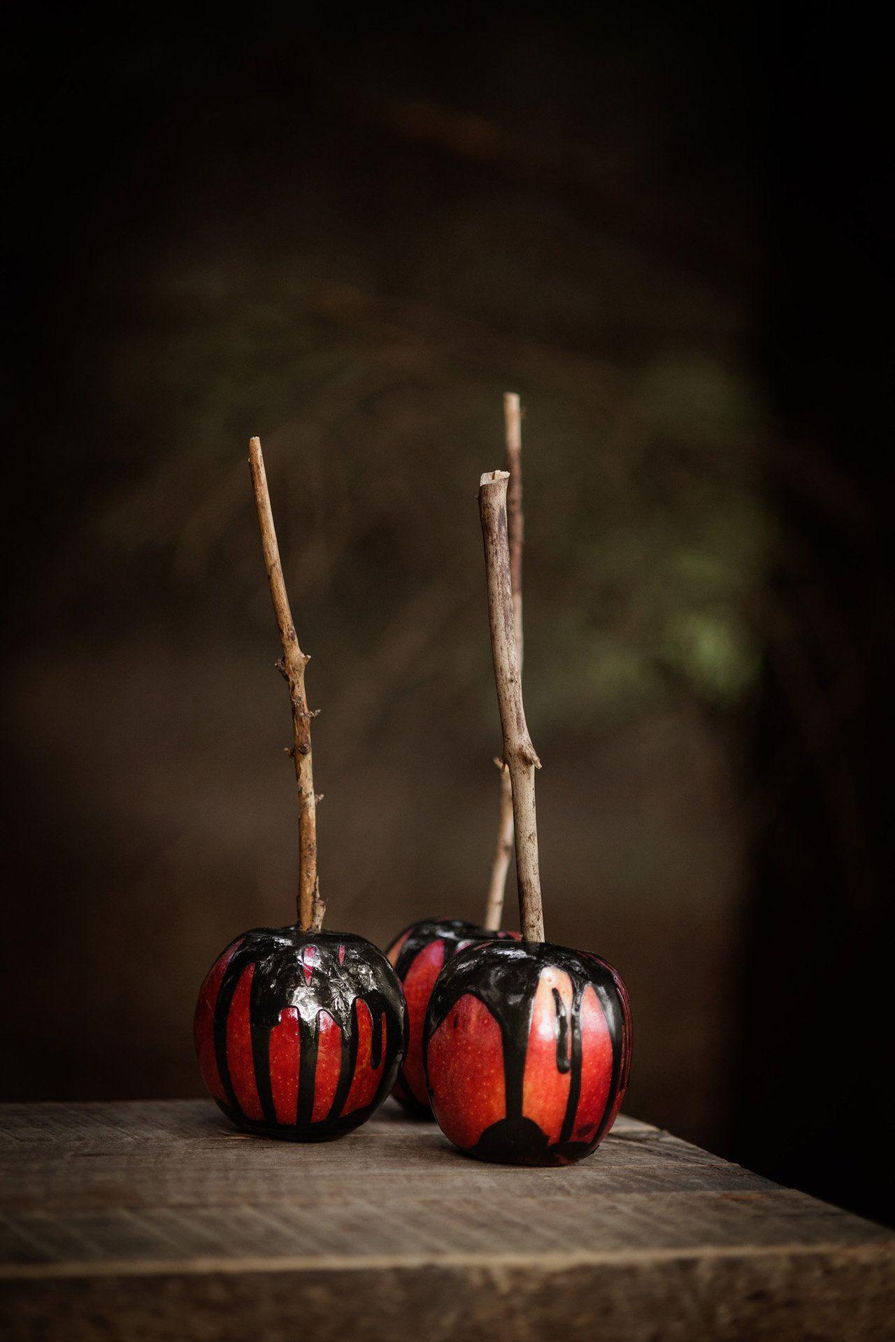 Hauntingly Beautiful Halloween Inspiration Shoot
