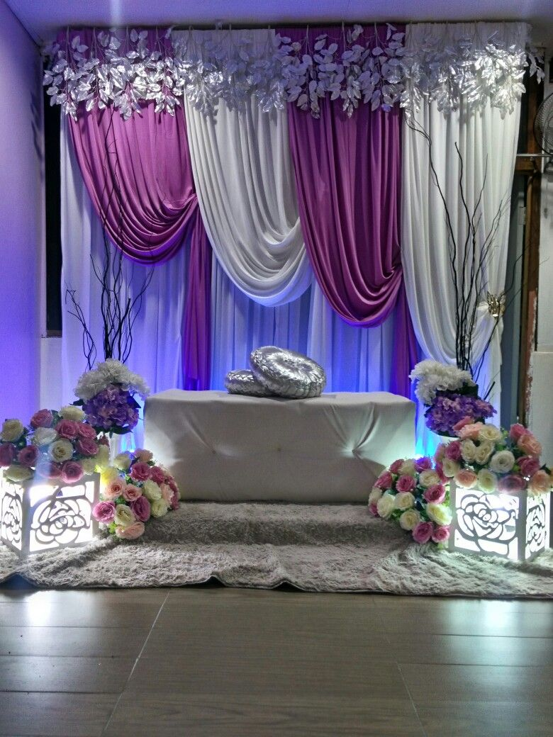 Wedding reception simple stage decoration  Pin by Syariefah on pelamin  Pinterest