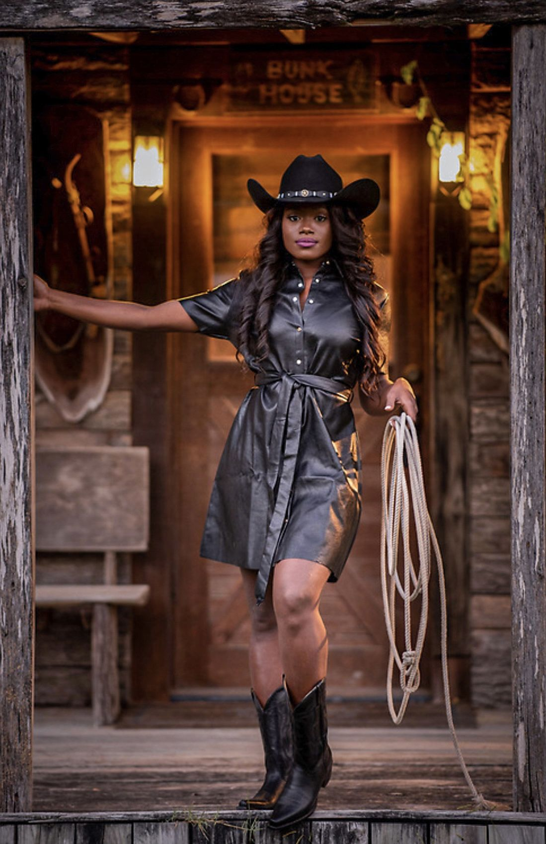 Kicking Off Fall With The Boot Barn Official Black Cowgirl Western Fashion Black Fashion [ 1698 x 1099 Pixel ]