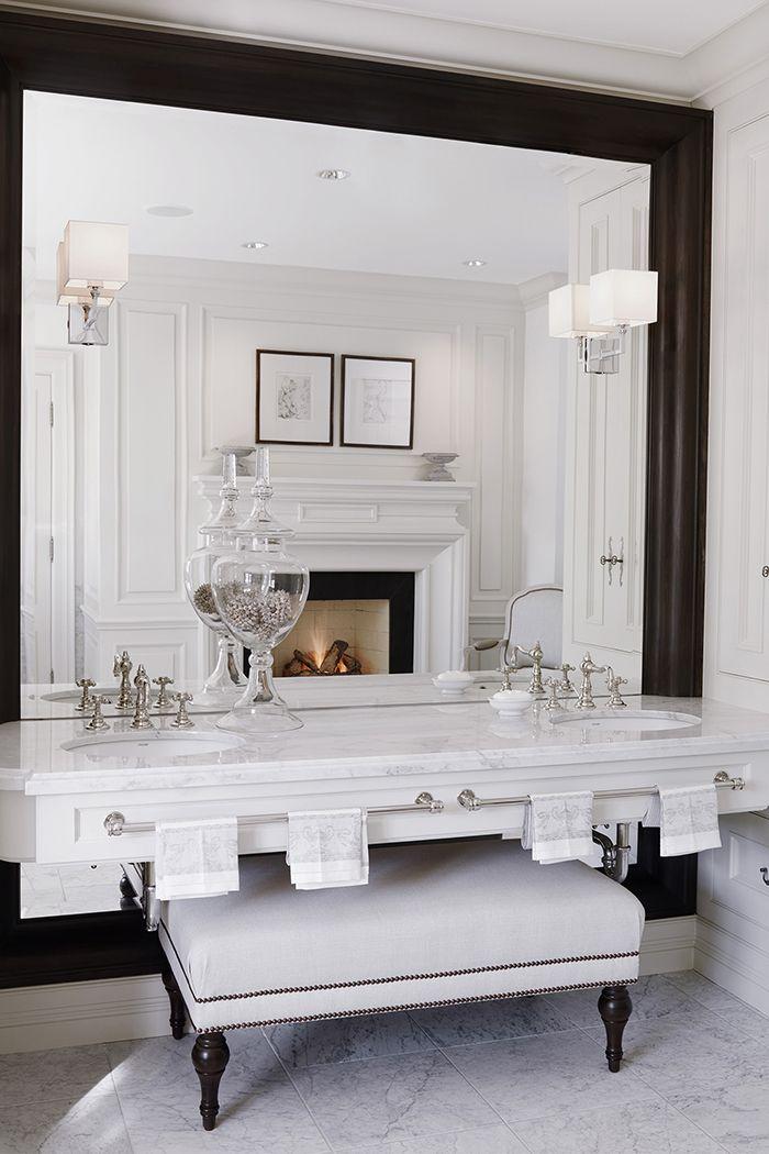 10 ultra luxury apartment interior design ideas ba o y - Amenities en el bano ...
