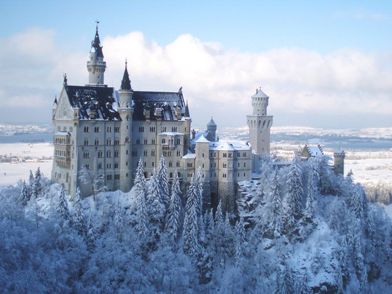 Louis Ii De Baviere Et Ses Chateaux Chateaux Allemagne Chateau De Neuschwanstein Tour Du Monde