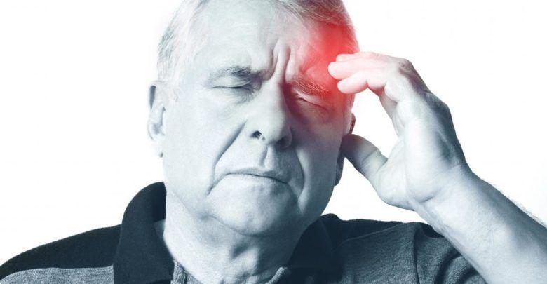 أعراض الجلطة القلبية والدماغية وأسبابها وعلاجها Stroke Symptoms Signs And Symptoms Carotid Artery