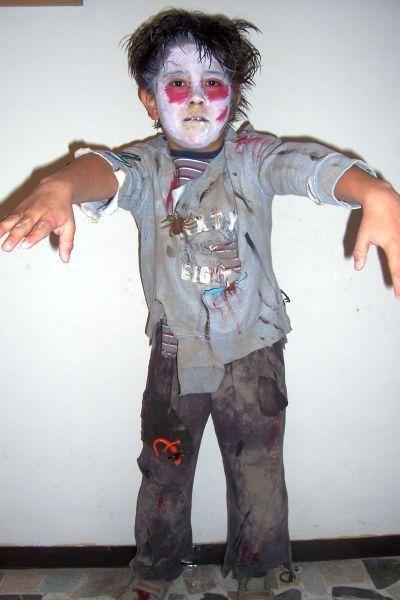 Disfraz casero para halloween zombie manualidades y - Disfraz halloween casero ...