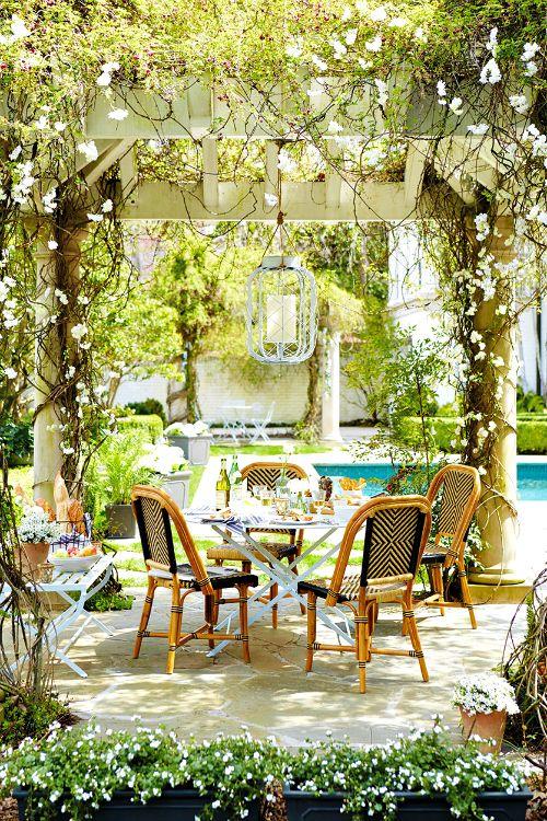 LETu0027S GO OUTSIDE! INSPIRATION FOR SUMMER AL FRESCO 2  From:fashionaddictedfoodies.com