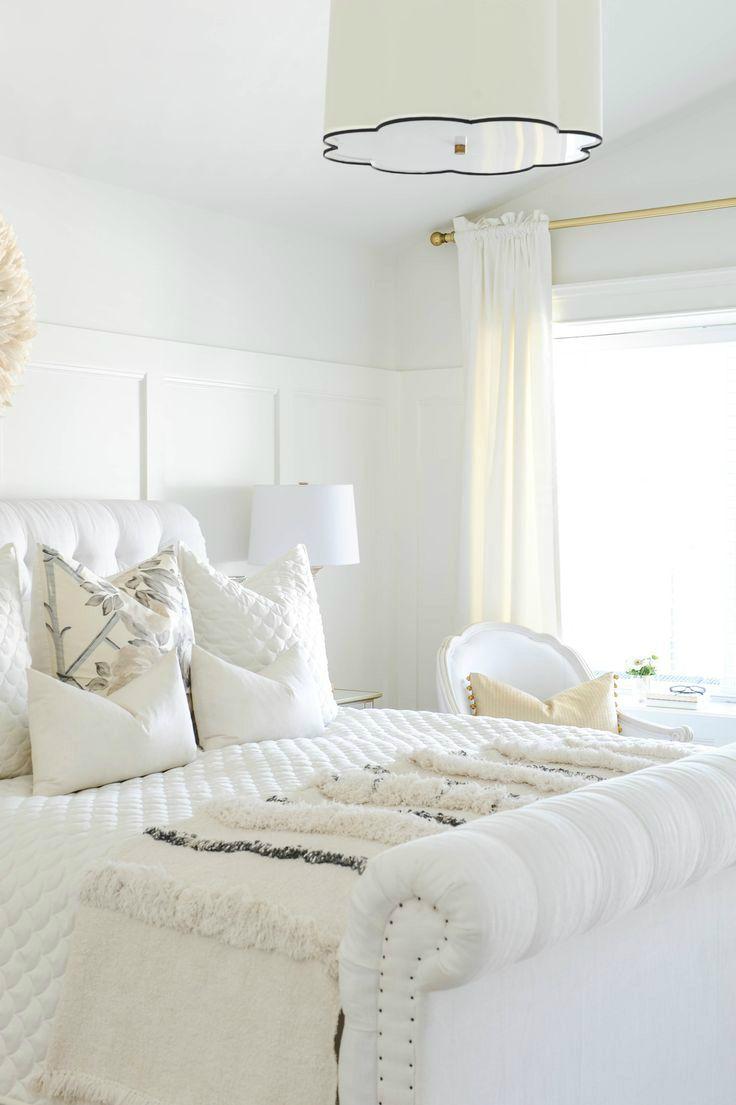 Best 10 Glamorous Bedroom Ideas All White Bedroom All White 400 x 300