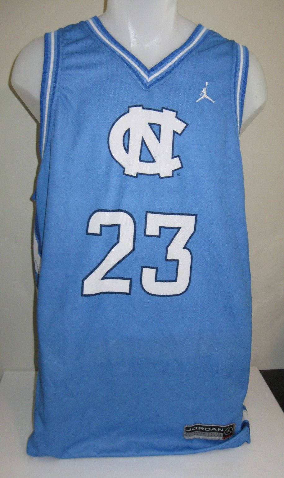 detailed look 1d5d1 e0cfa RARE Michael Jordan UNC Nike Replica Jersey Size Large L ...