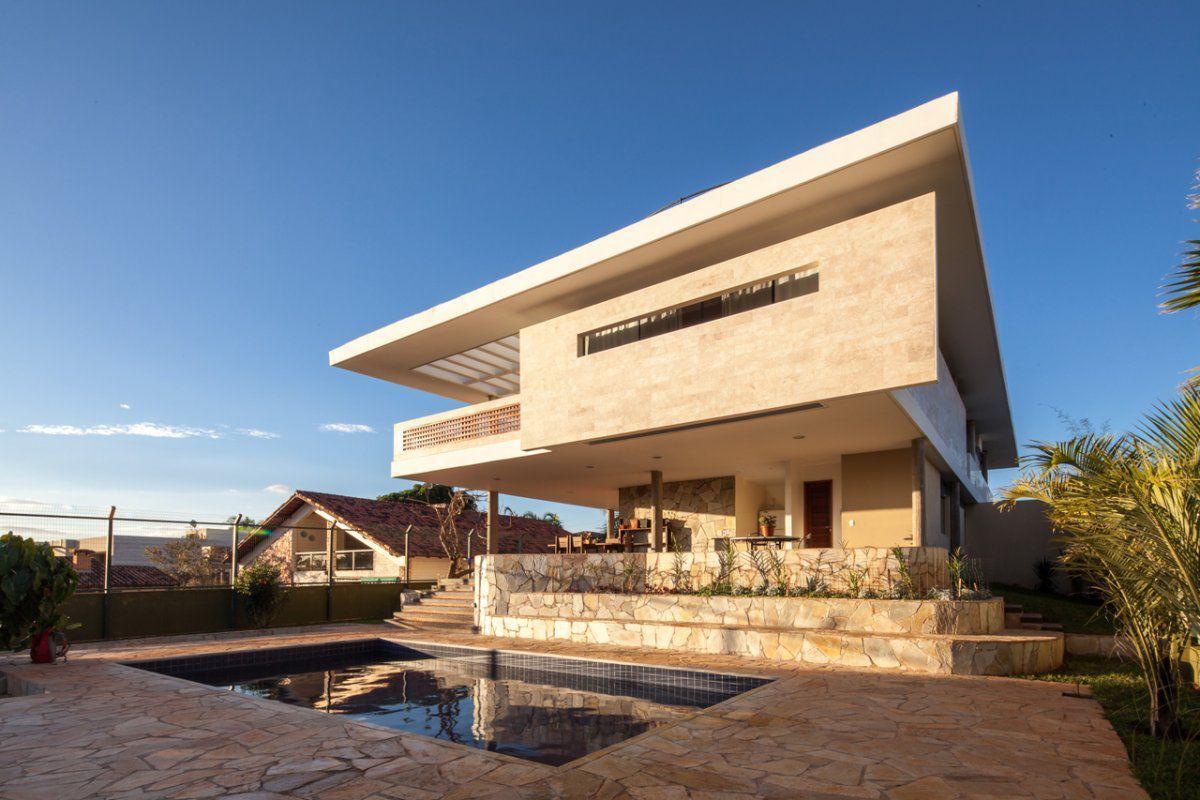 Modern residence in Braslia Brazil Architect Danilo