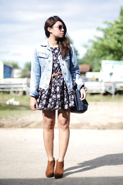 flower print dress with jean jacket | I need a BIGGER closet ...