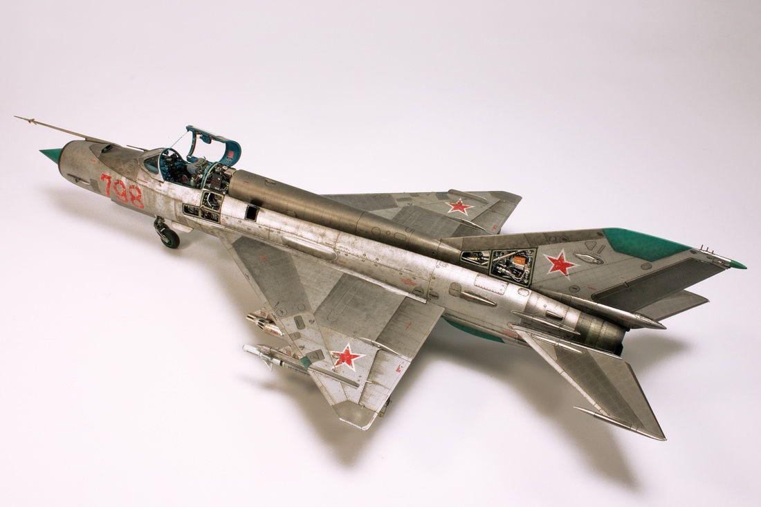 Mig-21 1/48 Scale Model