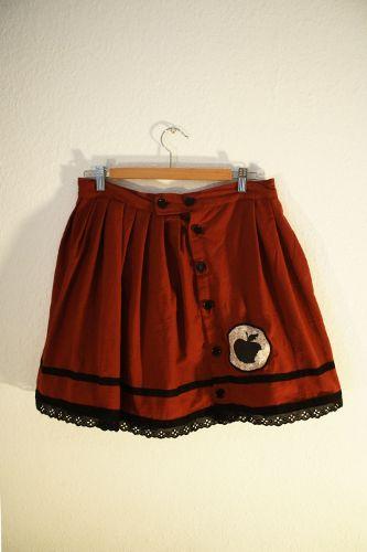 SnowWhite Skirt – Teaparties & Fairytales