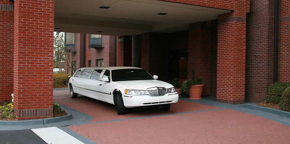 According to your need and style Paupaulimo provide Limo