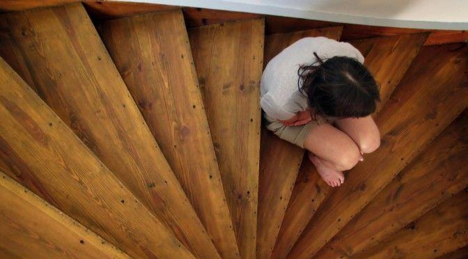 """Frustrações maternas: alguns """"perrengues"""" que as mães passam. Vem ler AQUI: http://mamaepratica.com.br/2015/05/15/frustracoes-maternas-alguns-perrengues-que-a-maioria-das-maes-passa-encontro-de-mentes-maternas/"""