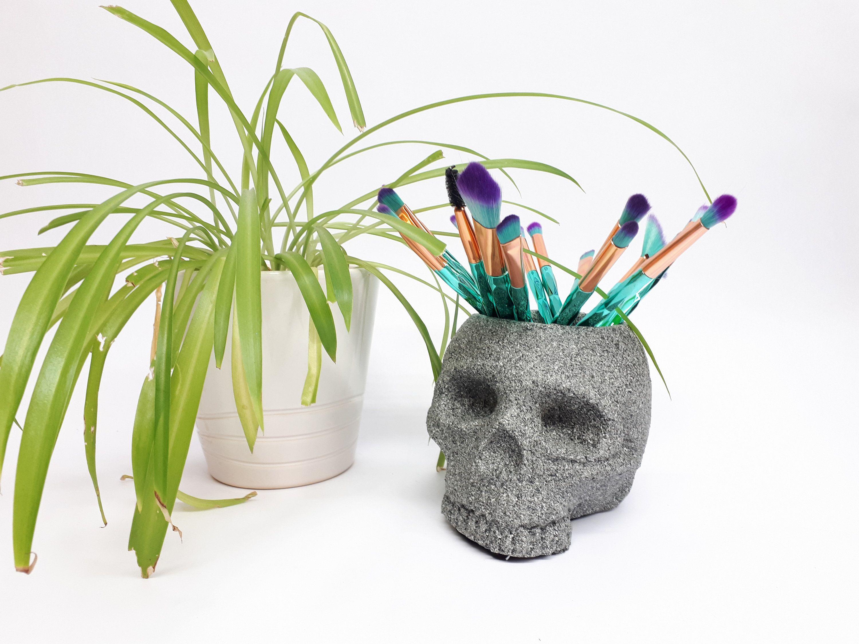 Granite Style Skull pot, Skull make up brush holder, Skull