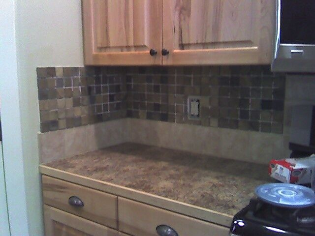 The Side Backsplash Dilemma Should You Have One Or No Designed Kitchen Backsplash Cheap Kitchen Makeover Backsplash