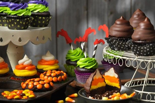 Halloween Cupcakes Halloween foods, Candy corn cupcakes and Corn - decorating ideas for halloween cupcakes