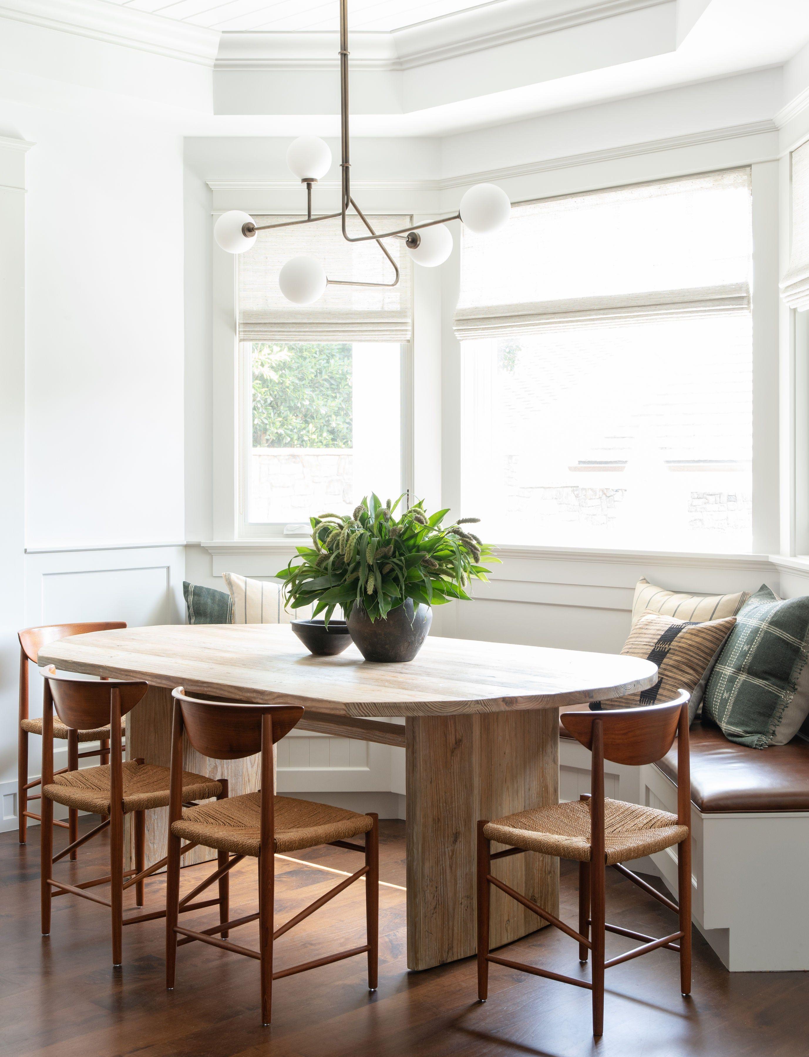 Modern Dining Room Amber Interiors Los Angeles Ca Modern Dining Room Dining Room Small Dining Room Bench